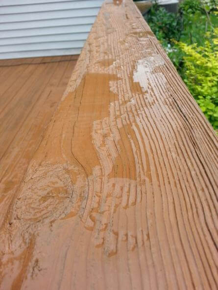 Deck Staining Services in Chicagoland and the Illinois Area