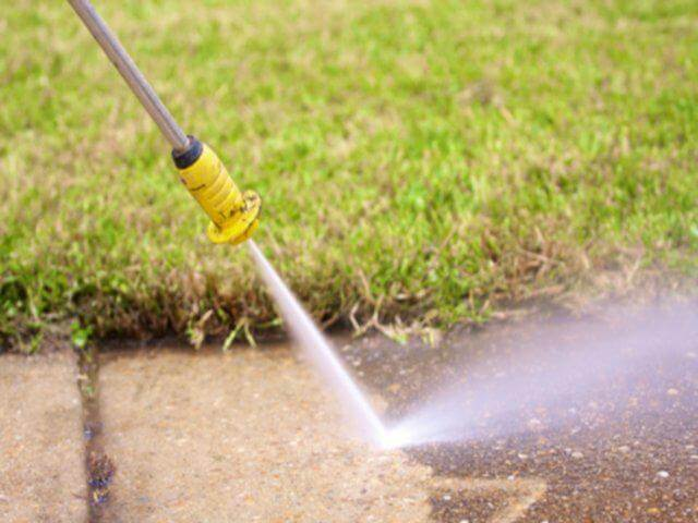 Pressure Washing Services in the Chicagoland and Illinois Area